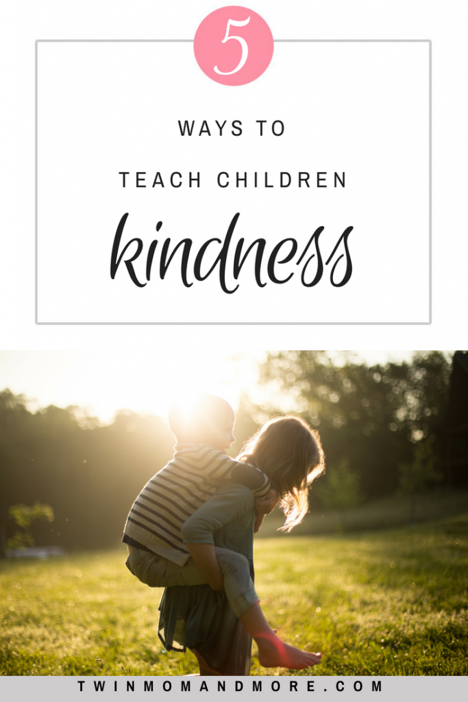 5 ways to teach children to be kind. #kindness #parenting #kind #teachchildrenkindness #bekind #kindnessactivities #kindnessquotes #kindnessactivitiesforchildren