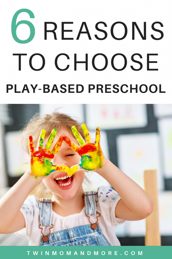 Studies show that children learn best by playing. Here are all the benefits of a play-based preschool. #preschool #playbasedpreschool #preschoolprep #earlychildhoodeducation #earlylearning #playbasedlearning