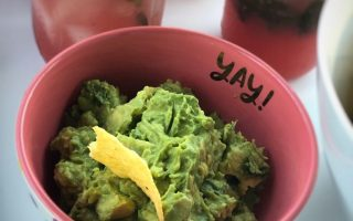 The Best and Easiest Homemade Guacamole