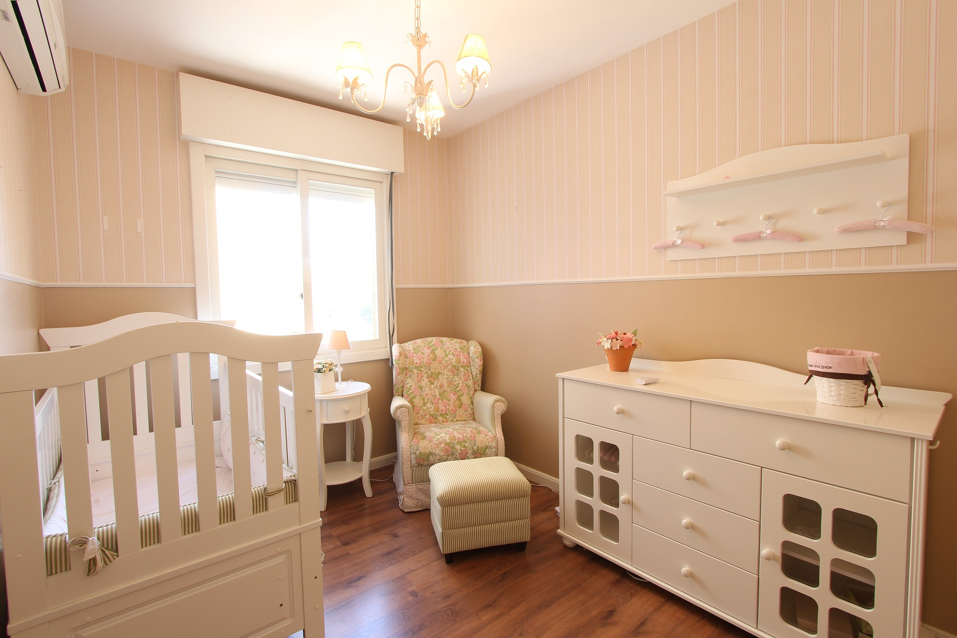 How to Create a Good Sleep Environment For Baby