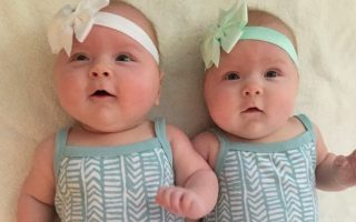How to Take Care of Twins By Yourself