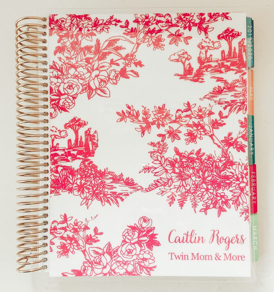 Pinterest image of a planner to be a more organized mom