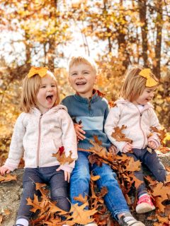 fall picture ideas for toddlers